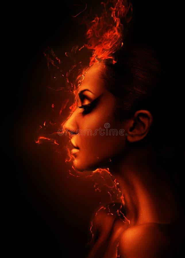 A cabeça ardente da mulher imagens de stock royalty free