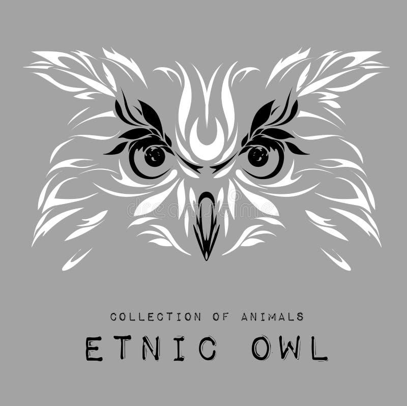Cabeça branca modelada étnica da coruja no fundo cinzento/projeto africano/indiano/totem/tatuagem Uso para a cópia, cartazes, t-s ilustração royalty free
