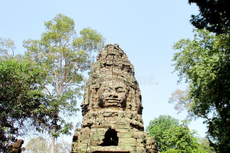 Cabe?a de Camboja Angkor Wat Gate em quatro lados do mundo imagem de stock royalty free