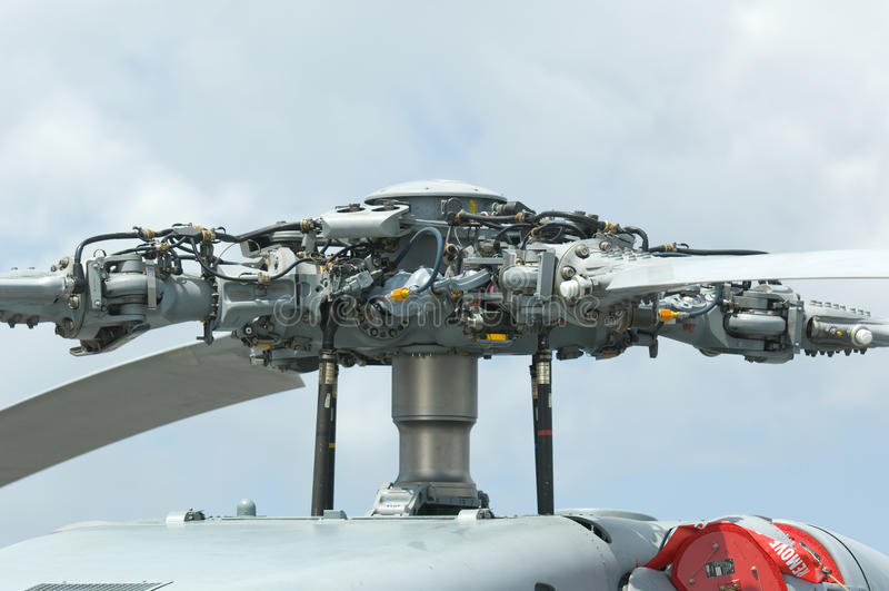Cabeça de rotor do helicóptero militar fotos de stock royalty free
