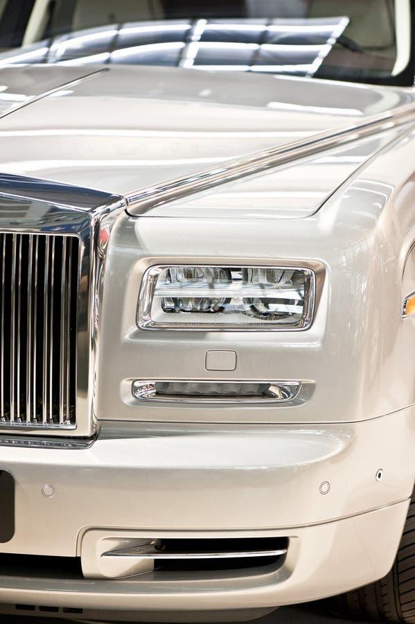 Cabeça luxuosa do carro fotografia de stock royalty free