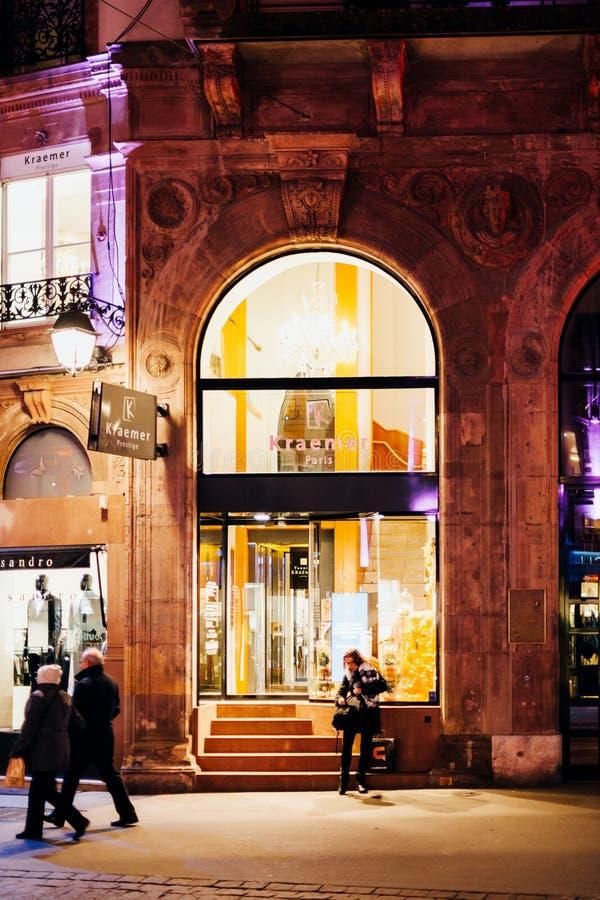 Cabeleireiro Paris do cabeleireiro de Kraemer Paris em França imagem de stock royalty free
