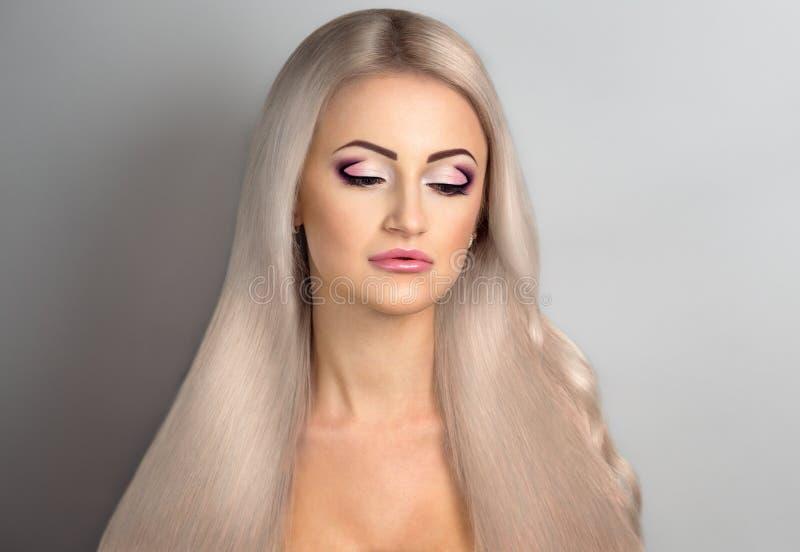 cabelo longo da mulher imagens de stock royalty free