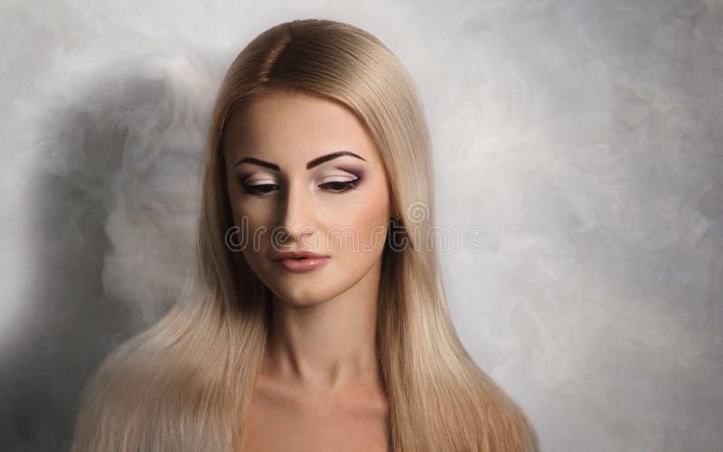 cabelo longo da mulher fotos de stock royalty free