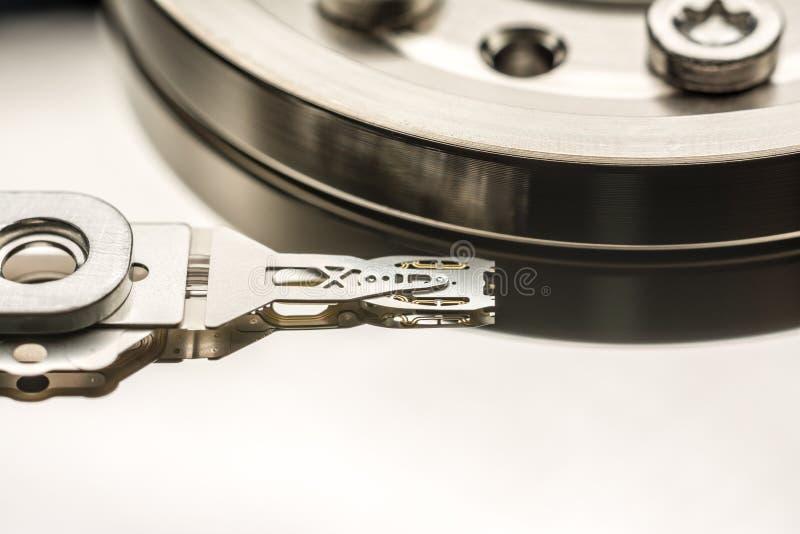 Cabeza de lectura/grabación de la unidad de disco duro imágenes de archivo libres de regalías