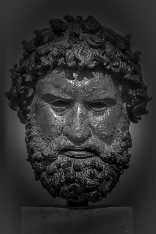 Cabeza del bronce del griego clásico del ` n de Î imágenes de archivo libres de regalías