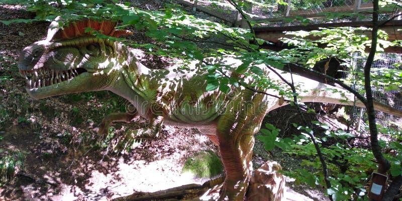 Cabeza del dinosaurio fotos de archivo