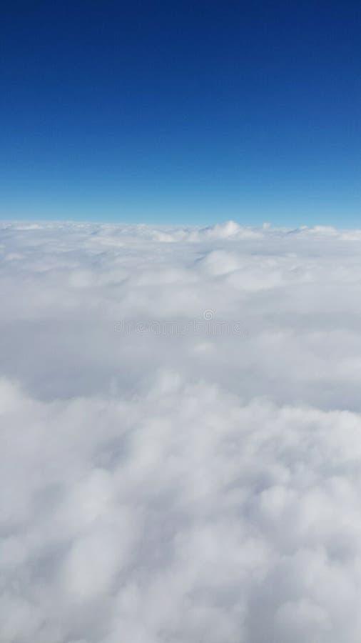 Cabeza en el cielo imagenes de archivo