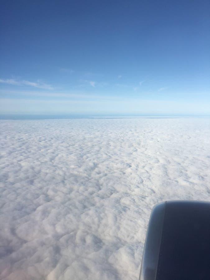 Cabeza en las nubes fotografía de archivo