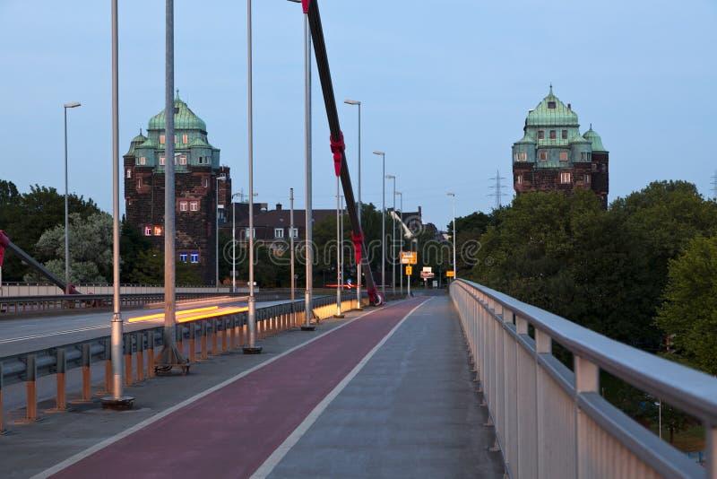 Cabezas de puente viejas en Duisburg-Ruhrort foto de archivo libre de regalías