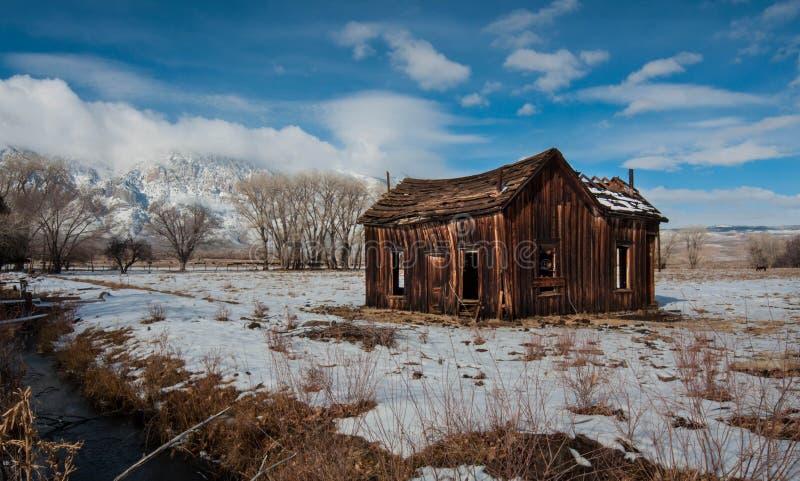A cabin in the sierra mountain range California royalty free stock photos