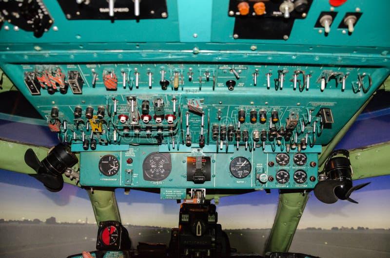 Cabina de aviones vieja fotos de archivo