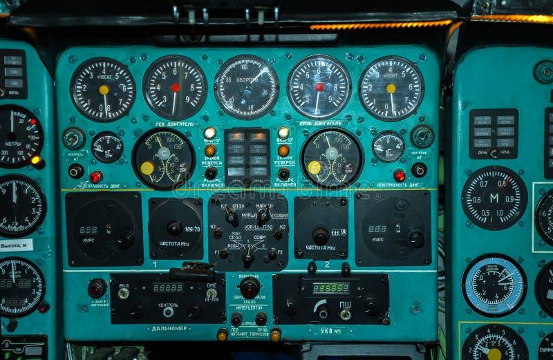 Cabina de aviones vieja imagen de archivo libre de regalías