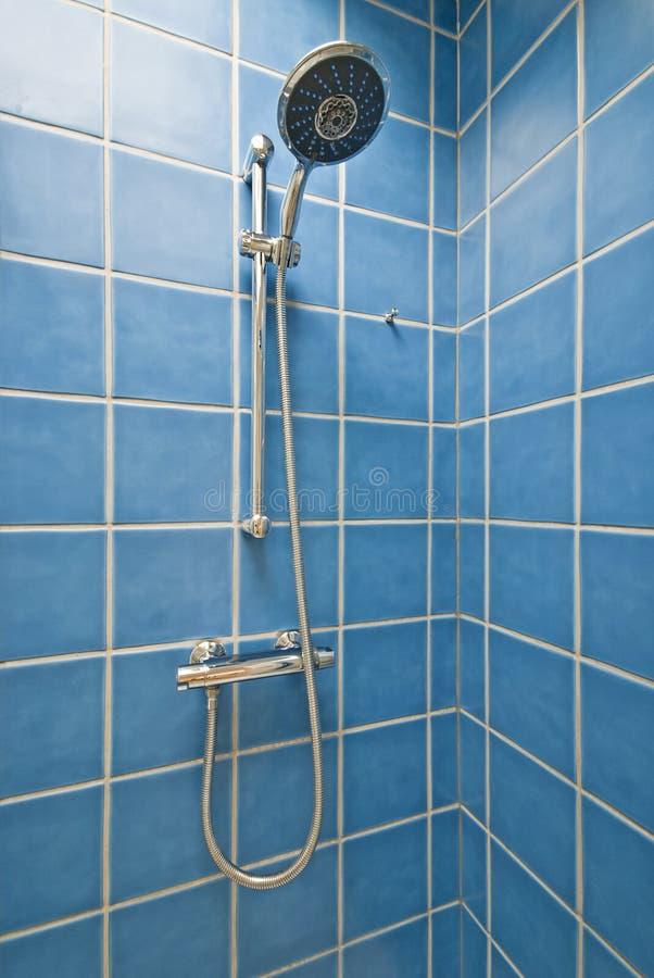 Cabina de la esquina de la ducha fotografía de archivo