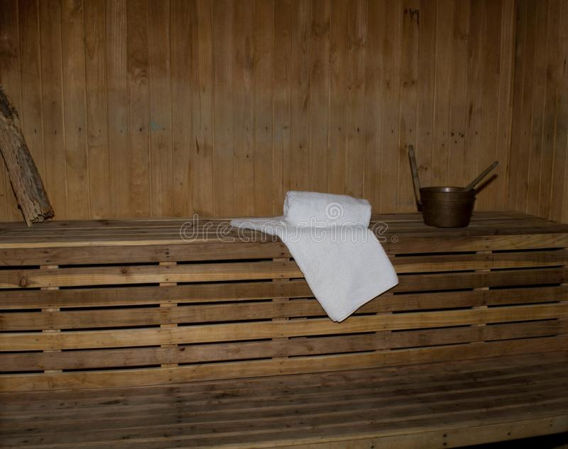 Cabina de la sauna dentro imagen de archivo libre de regalías