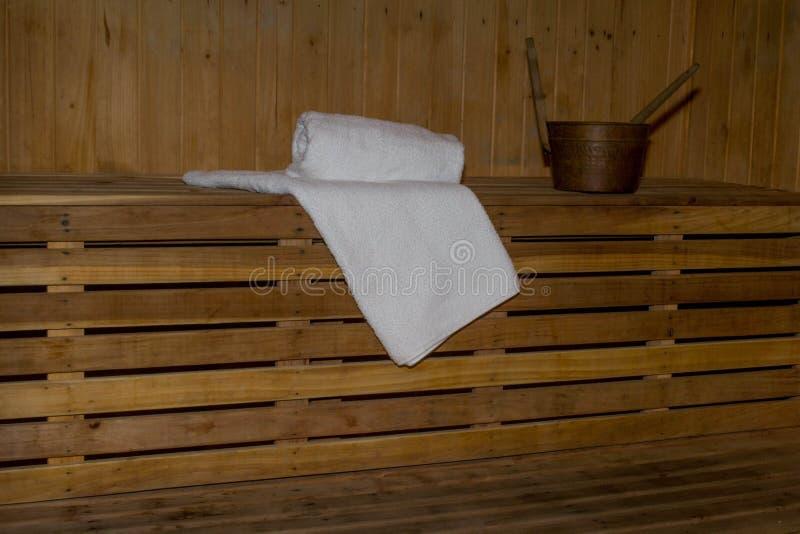 Cabina de la sauna dentro imágenes de archivo libres de regalías