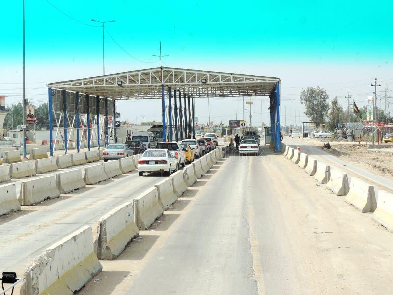 Cabina de peaje en los caminos de Kerbala, Iraq foto de archivo libre de regalías
