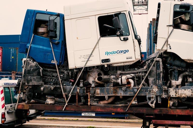 Cabina dei camion e parti usate fotografia stock libera da diritti