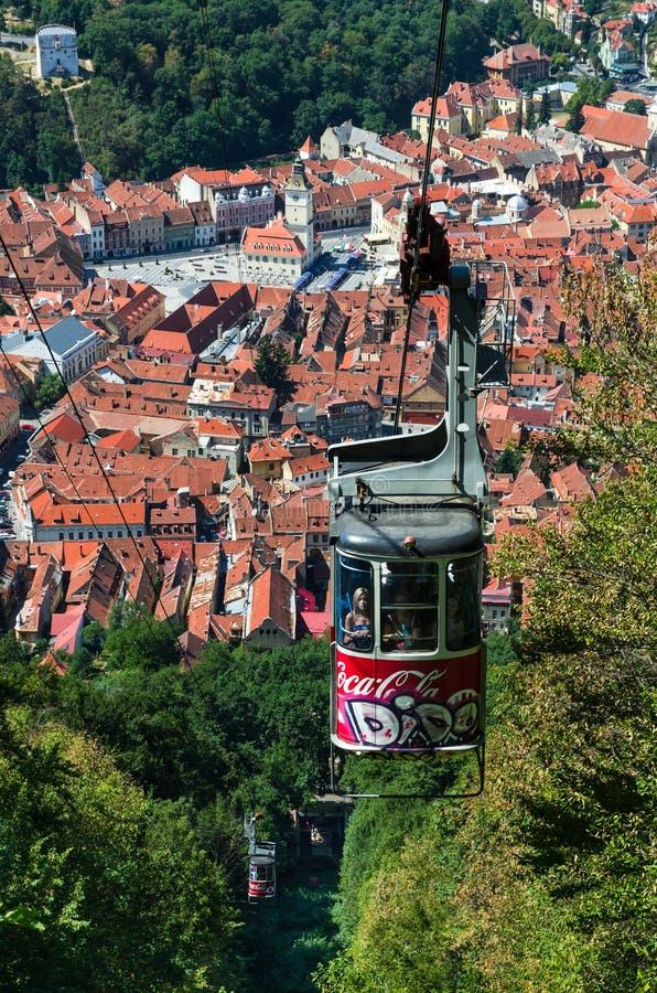 Cabina di funivia della montagna di Tampa, Brasov in Romania immagine stock libera da diritti