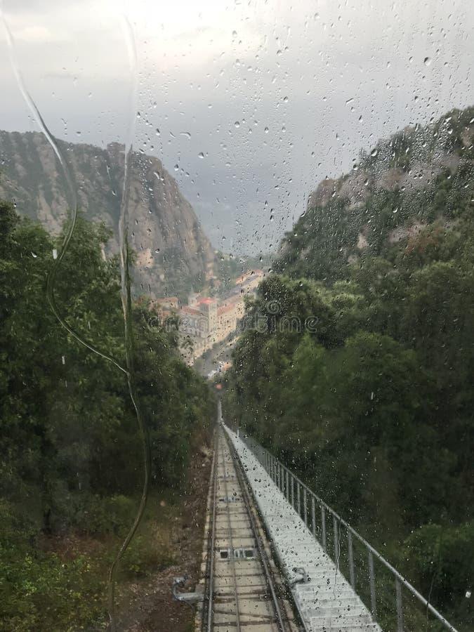 Cabina di funivia a Montserrat Mountain fotografia stock libera da diritti