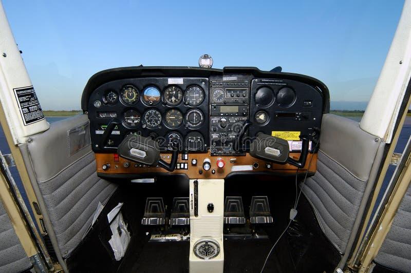 Cabina di guida di Cessna nessun cuffie avricolari fotografie stock libere da diritti