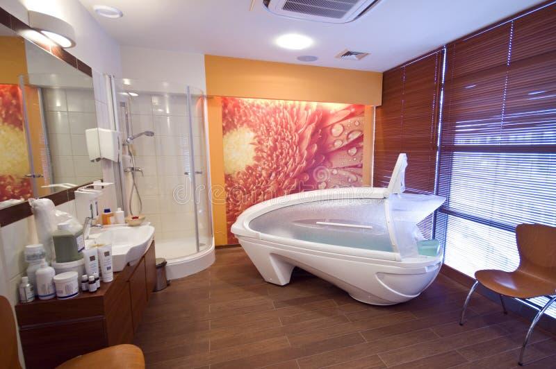 Cabina di massaggio fotografia stock immagine di hotel for Affitti cabina cabina resort pinecrest