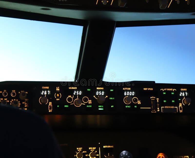 Cabina di pilotaggio del getto fotografia stock libera da diritti