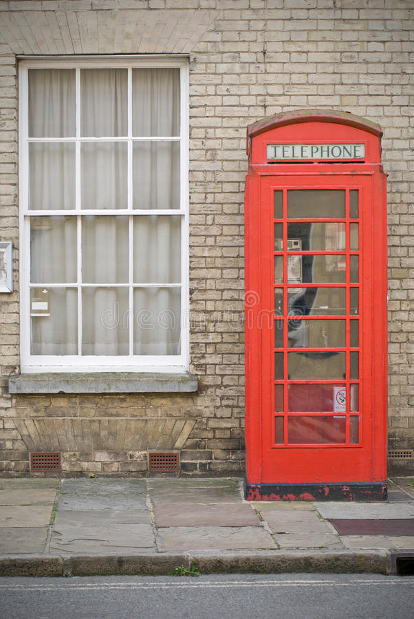 Cabina di telefono inglese fotografia stock libera da diritti