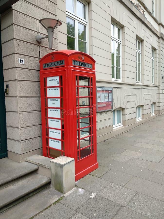 Cabina telefonica a Amburgo fotografia stock