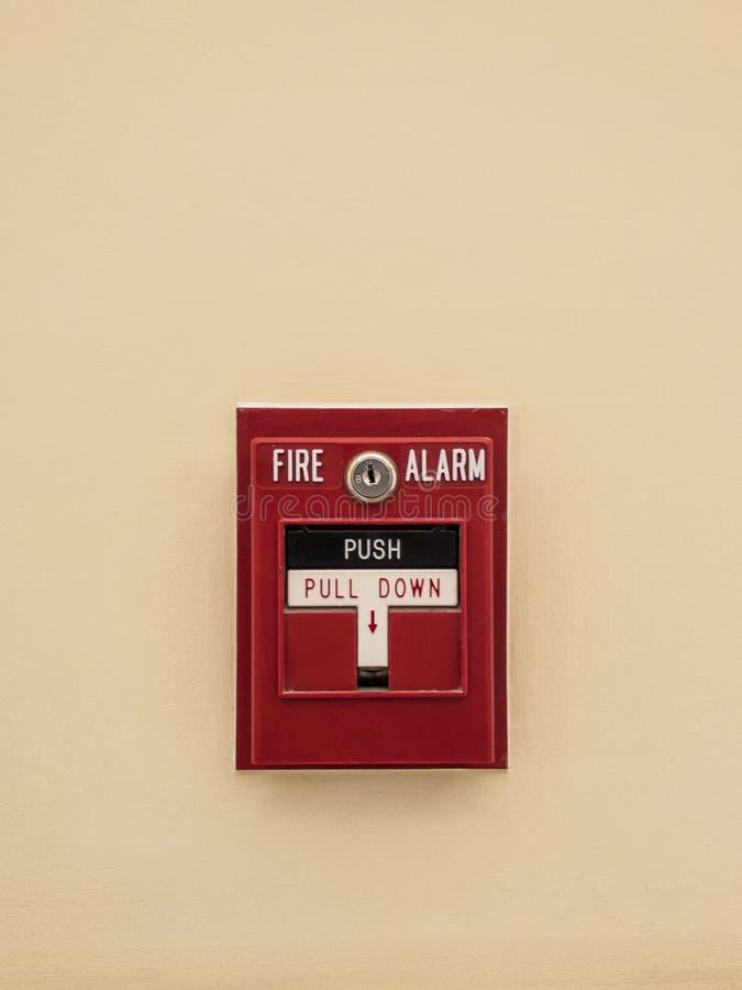 Cabine d'aiguillage rouge d'alarme d'incendie photos stock