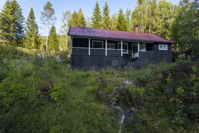 Cabine de madeira norueguesa fotografia de stock
