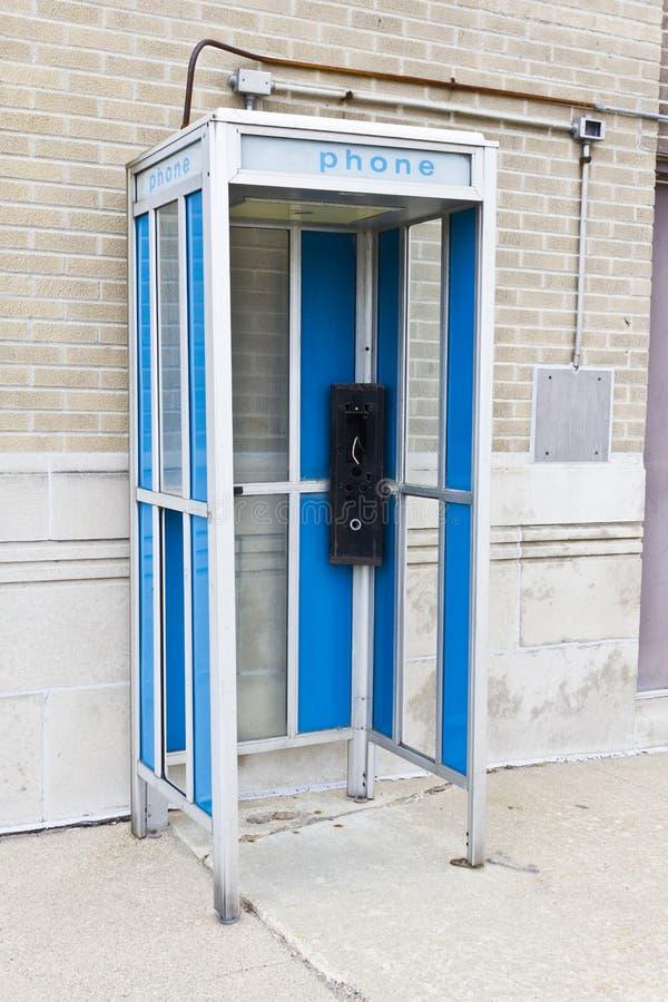 Cabine de téléphone abandonnée II image stock