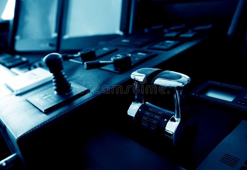 Download Cabine do iate foto de stock. Imagem de controle, equipamento - 16857442
