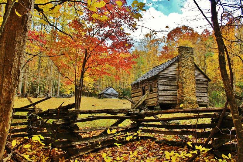 Cabine do pioneiro de Tennessee foto de stock