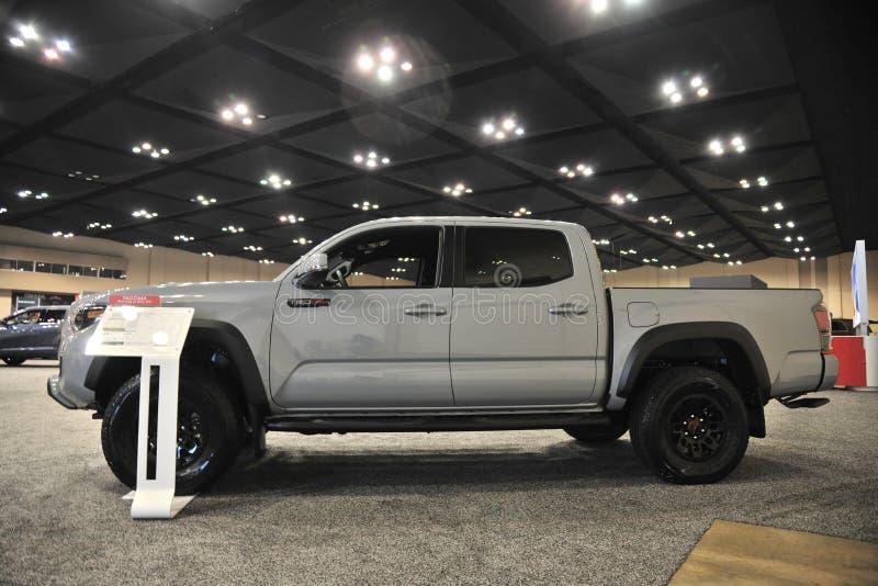 Cabine prolongée de Toyota Tacoma toute neuve photographie stock libre de droits