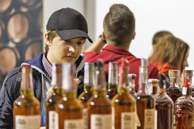 Cabine sauvage de whiskey de bourbon de la Turquie à la drachme de whiskey Kiev, Uktaine images stock
