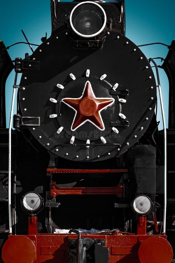 Cabine van oude sovjetstoomlocomotief met rode ster royalty-vrije stock afbeelding