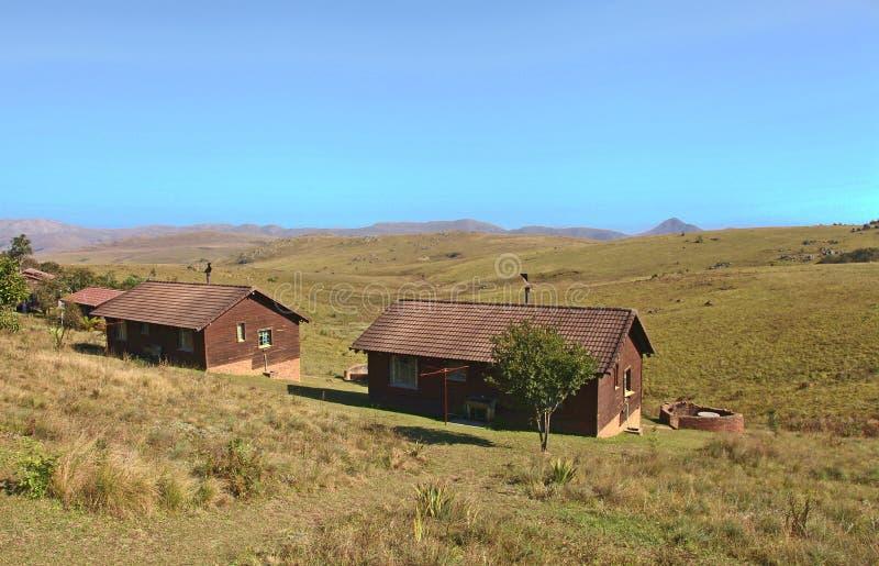 Cabines da montanha na reserva de Malolotja em Suazilândia fotos de stock