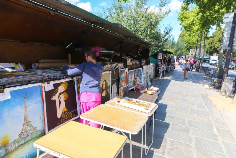 Cabines de vendeur chez la Seine images libres de droits