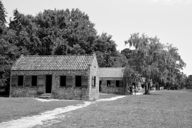 Cabines do escravo em Boone Hall Plantation fotografia de stock royalty free