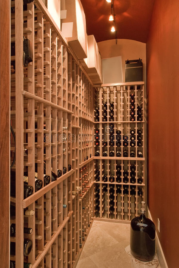 Cabinet de vin photo stock