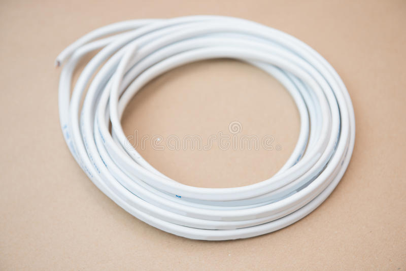 undefeated x los angeles cheap sale Cable Blanco Para La Electricidad Fotos De Stock - Download ...