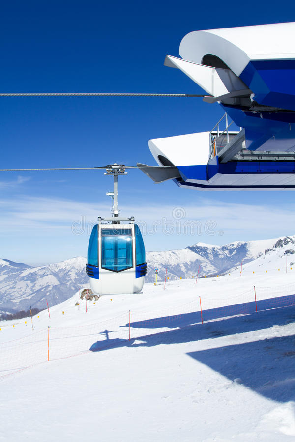 Download Cable car stock image. Image of winter, elevator, ski - 27812927