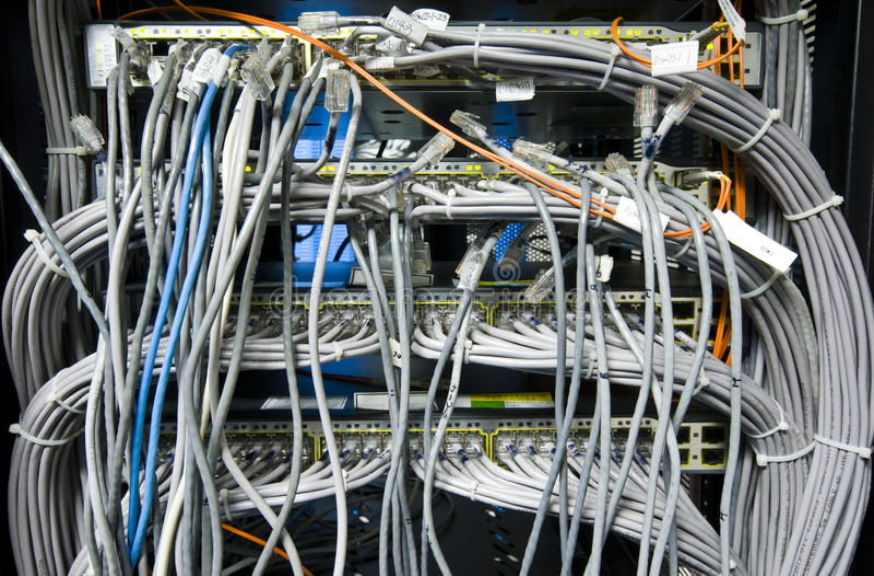Cable de la red fotografía de archivo libre de regalías