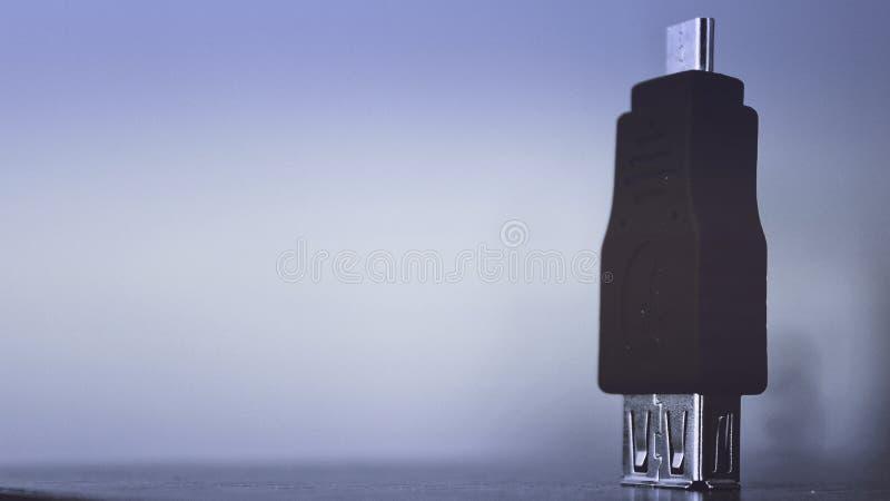 Cable negro del USB foto de archivo