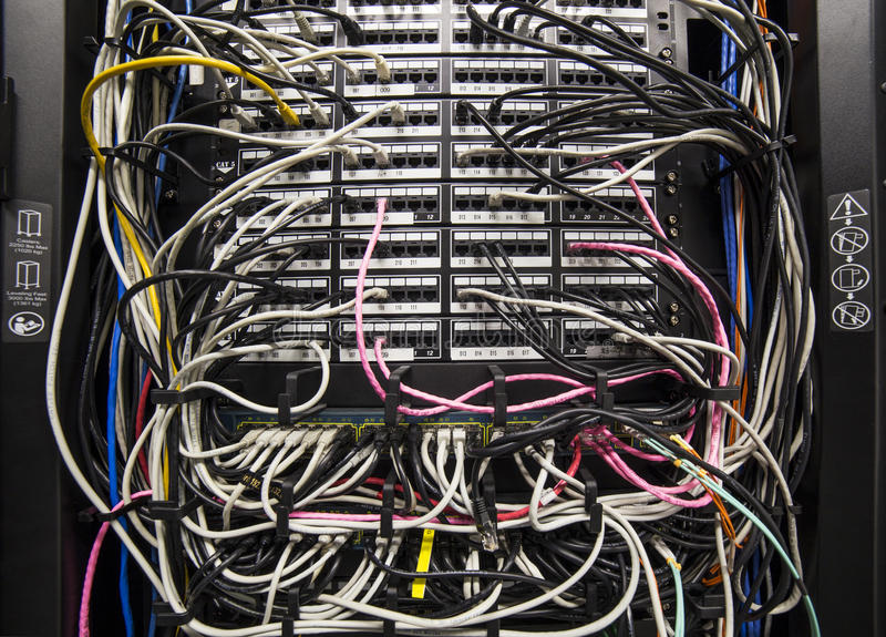 Cableado de la red fotos de archivo