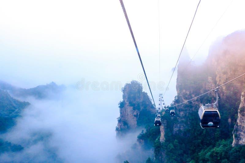 Cablecar w Zhangjiajie lasu państwowego parku zdjęcia royalty free