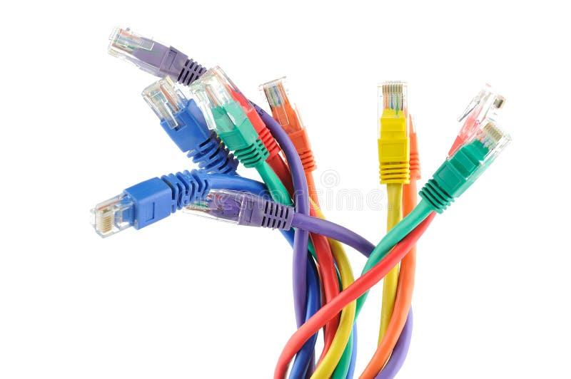 Cables coloreados multi del ordenador foto de archivo