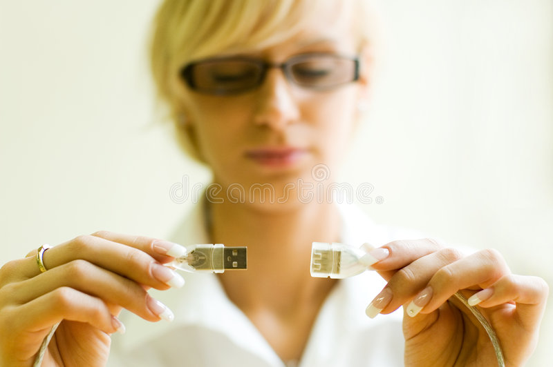 Cables de conexión del USB fotografía de archivo libre de regalías
