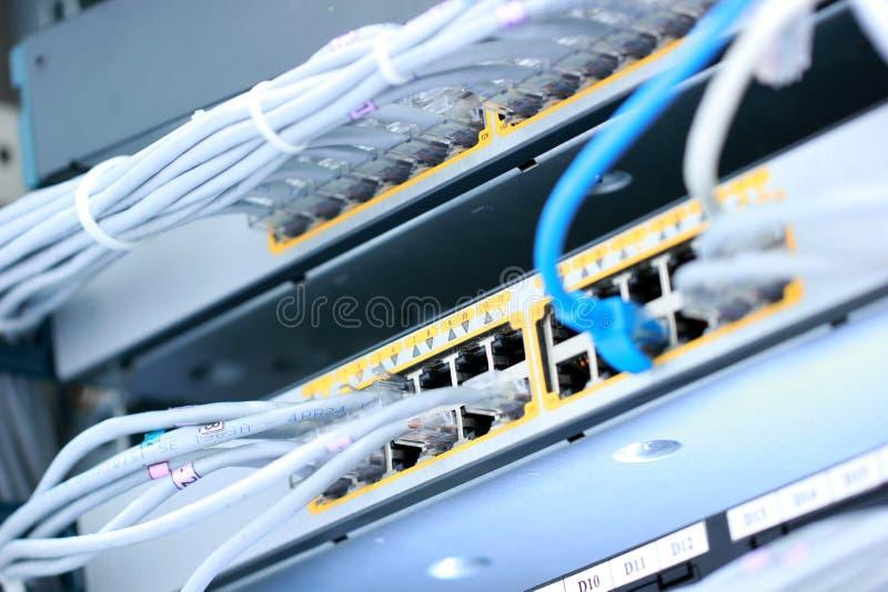 Cables de LAN imágenes de archivo libres de regalías